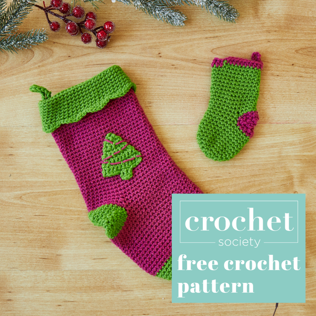 free mini stocking crochet pattern for tree decoration